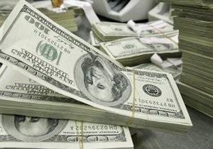 Долар дорожчає щодо всіх світових валют через рішення Fitch щодо Греції