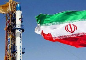 Іран має намір запустити три супутники і відправити людину в космос