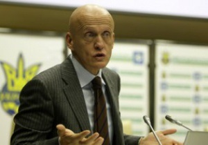 Коллина продлил контракт с Федерацией футбола Украины