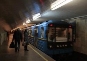 В ожидании Евро-2012. В киевском метро начали объявлять станции на английском языке