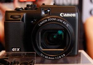 Фотоапарати Canon вироблятимуть роботи