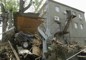 Саакашвілі після повені в Тбілісі розпорядився почати знесення бараків в грузинській столиці