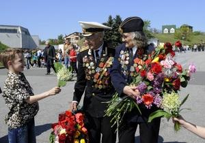 В урочистостях з нагоди святкування Дня перемоги взяли участь близько 2,4 млн осіб