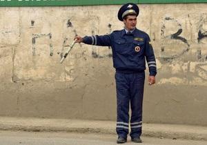 Зупинений інспекторами росіянин майже на добу замкнувся в автомобілі