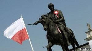 ВВС Україна: Тема бойкоту Євро-2012 в Україні розколює Польщу