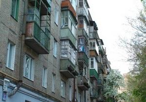 У Сумській області двоє підлітків загинули через обвал балконної плити