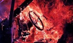 У Полтавській області трирічна дитина підпалила автомобіль