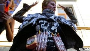 Звинувачені у тероризмі члени Патріота України вимагають заміни судді