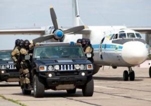 Фотогалерея: Воздушная атака. Антитеррористические учения к Евро-2012
