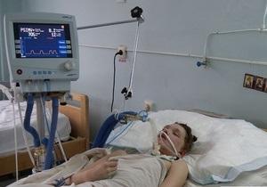 Жертву миколаївського садиста від єднали від апарата штучного дихання