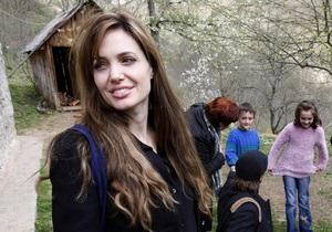 Джолі стала почесною громадянкою Сараєво