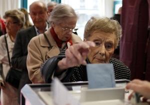 Французи голосують активніше, ніж очікувалося - спостерігачі
