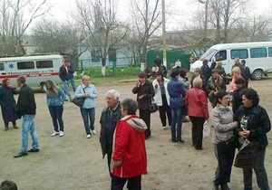 Понад 200 пасажирів потягу Миколаїв - Москва були евакуйовані через підозрілі сумки