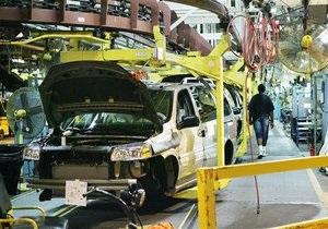 Світовим автовиробникам втретє за рік загрожують збої постачання матеріалів