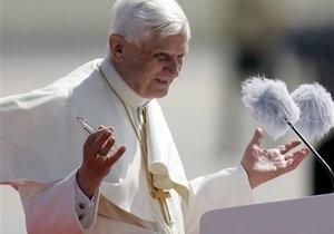 Папа Римський Бенедикт XVI відсвяткує 85-річчя