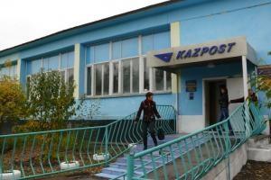 У Казахстані грабіжники замість грошей вкрали мішки з листами