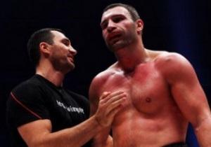 Кличко начали переговоры о поединке с российским боксером, рвущимся побить их