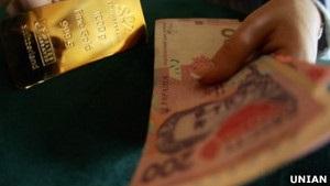 Бюджетні доходи зростають, девальвація – теж. Огляд ЗМІ за 9 квітня