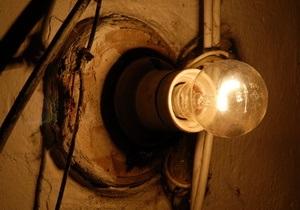 В Україні мешканці 300 населених пунктів залишилися без світла