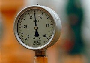Украинский транзит российского газа упал вдвое