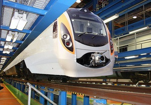 Укрзалізниця начала испытания первого электропоезда Hyundai