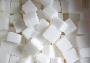 Уряд України істотно знизив закупівельну ціну на цукор