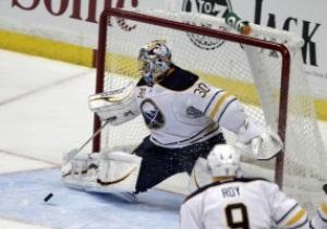 NHL: Клинки удачно съездили в столицу, Питтсбург не справился с Островитянами