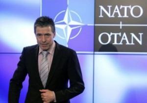 Глава МИД лично пригласил на Евро-2012 в Украину генсека НАТО