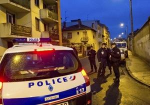 Попереду ніч переговорів: у Тулузі поліція поки не має наміру штурмувати квартиру Мера