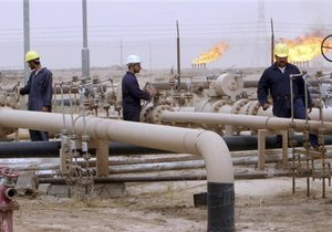 Світові ціни на нафту різко знижуються через зростання постачань