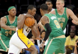 NBA: Лейкерс насилу здолали Бостон