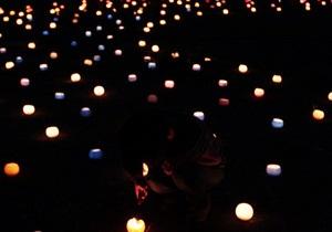 В Японії в пам ять про жертв землетрусу запалили 16 000 свічок