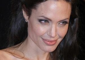 Анджеліна Джолі зіграє злу фею у новому проекті студії Діснея