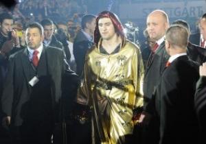 Менеджер Кличко: Бой с Хуком был бы интересен Виталию
