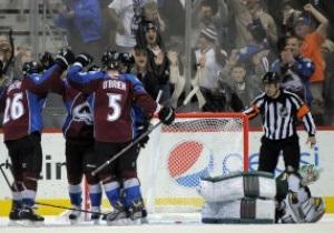 NHL: Колорадо поиздевался над Миннесотой, Бостон удержал победу в матче с Торонто
