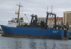 У Сьєрра-Леоне дев ять українських моряків вимагають у судновласника зарплату за сім місяців