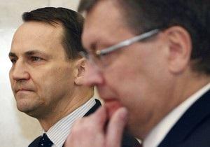 Київ готує відповідь на заяву п'яти країн Євросоюзу про згортання демократії в Україні