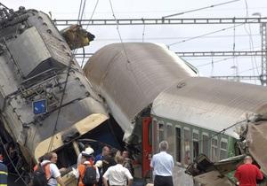 Зіткнення поїздів у Польщі: Є жертви, серед поранених 6 громадян України