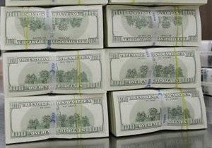 Міжбанк закрився зростанням котирувань долара і зниженням євро