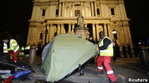 Захопи Лондон: правоохоронці знесли намети протестувальників