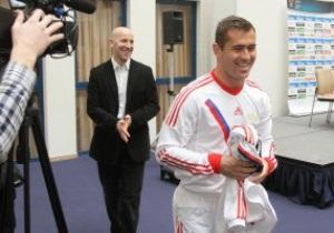 Фотогалерея: Белогвардейцы. Сборная России представила новую форму к Евро-2012