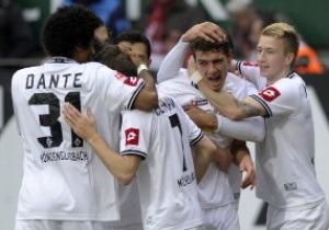 Боруссия из Менхенгладбаха упустила возможность возглавить Бундеслигу