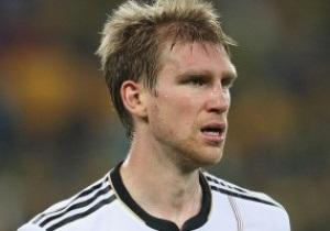 Защитник сборной Германии пропустит Евро-2012