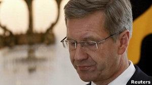 Президент Німеччини йде у відставку через корупційний скандал