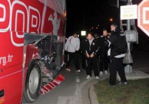 Автобус с игроками турецкой команды попал под поезд