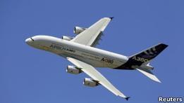 Airbus проверит самолеты А380 на наличие трещин в крыльях