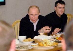 Путин предложил российским авиакомпаниям бесплатно свозить болельщиков на Евро-2012