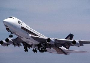 Тучные пассажиры самолетов должны доплачивать за избыточный вес - эксперт