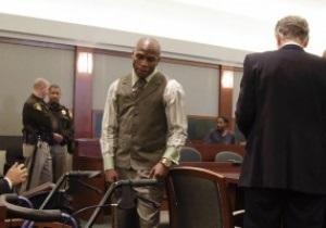 Мейвезеру могут не восстановить боксерскую лицензию из-за тюремного срока