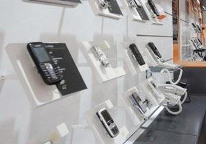 В Украине установили первый аппарат по продаже бытовой электроники и аксессуаров